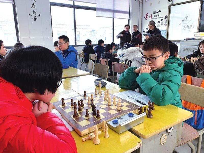 国际象棋下得好也能上四星高中 江苏省国际象棋训练基地落户木渎高级中学